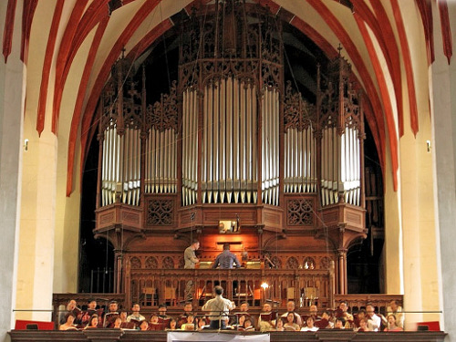 Coro da Thomaskirche e o órgão Sauer